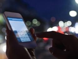 Thị trường mua bán kinh doanh điện thoại di động Hà Nội gặp khó